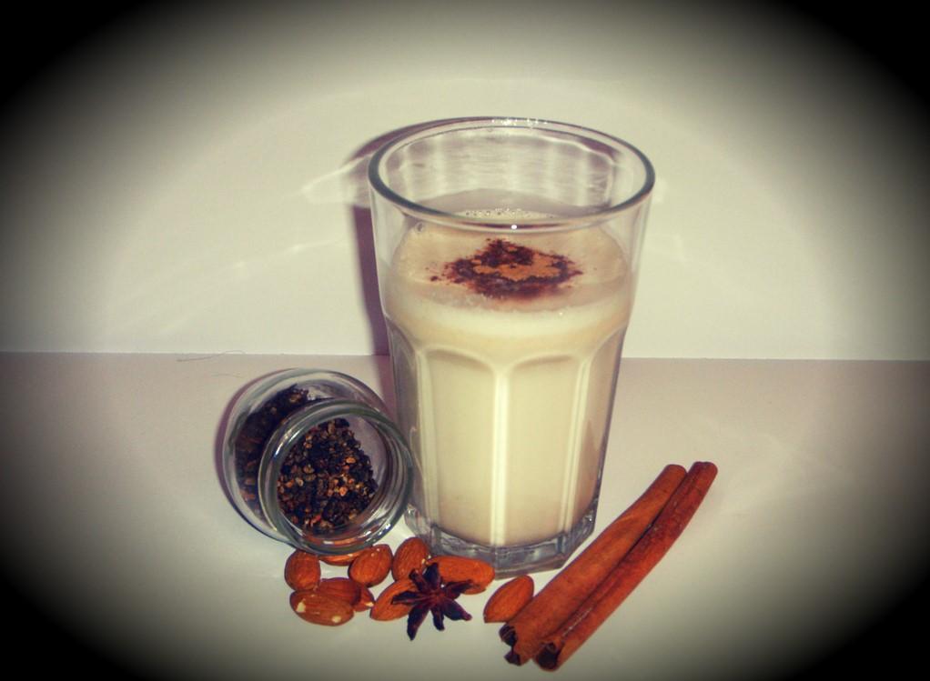 smoothie od datulja i badema