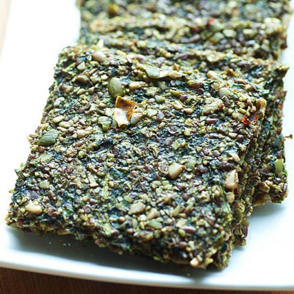 Sirovi krekeri s bučinim sjemenkama i špinatom, soul food internet trgovina