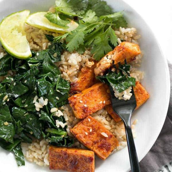 Čili tofu zdjele s češnjakom, soul food internet trgovina